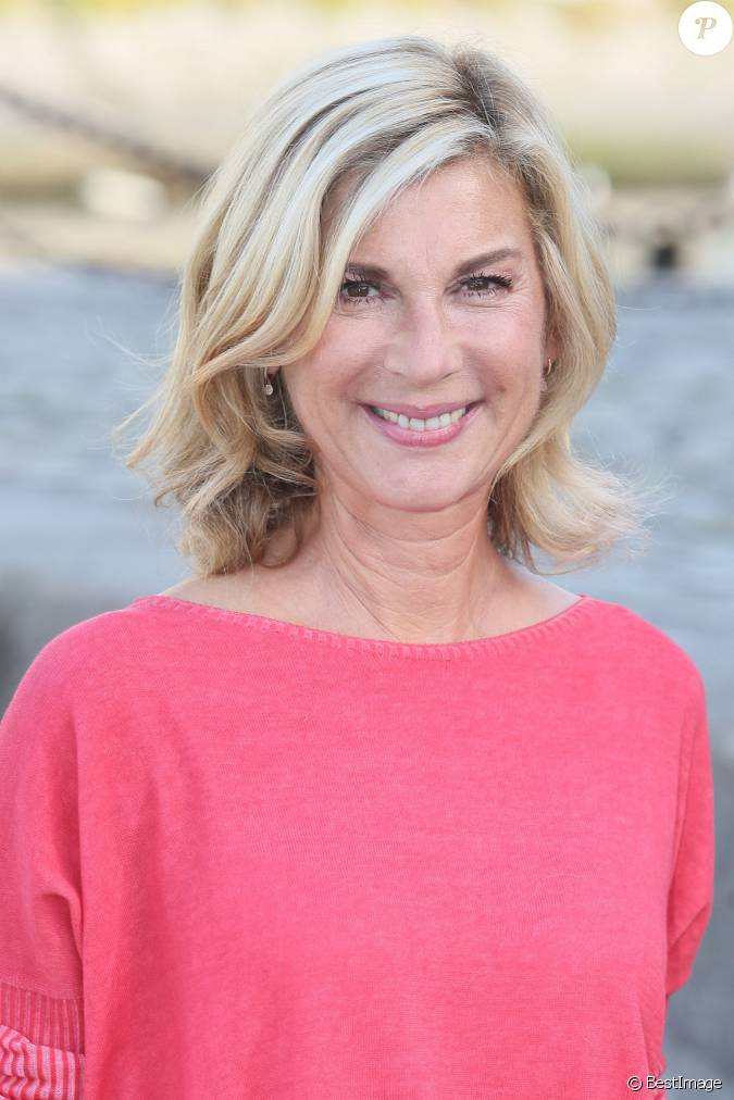 michelle laroque pr sidente du jury photocall du 17e festival de fiction tv de la rochelle. Black Bedroom Furniture Sets. Home Design Ideas