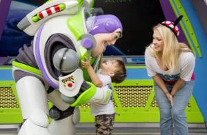 Melissa Joan Hart à Disney : Sortie en famille pour les 3 ans de son fils Tucker