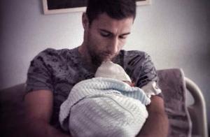 Lorik Cana (FC Nantes) papa : Le footballeur présente son premier enfant