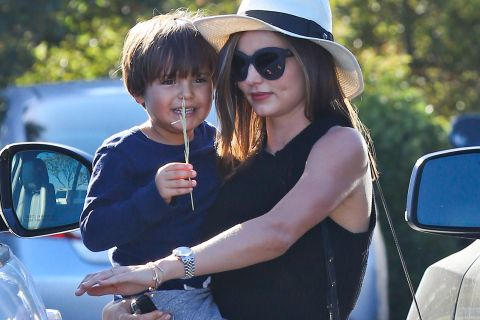Miranda Kerr : Flynn, déjà bien grand, fait la joie de sa maman !