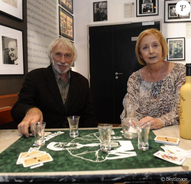 Exclusif - L'acteur Pierre Richard, parrain du musée Raimu à Marignane, participe à l'inauguration avec la petite fille de l'acteur Isabelle Nohain-Raimu le 29 septembre 2015.