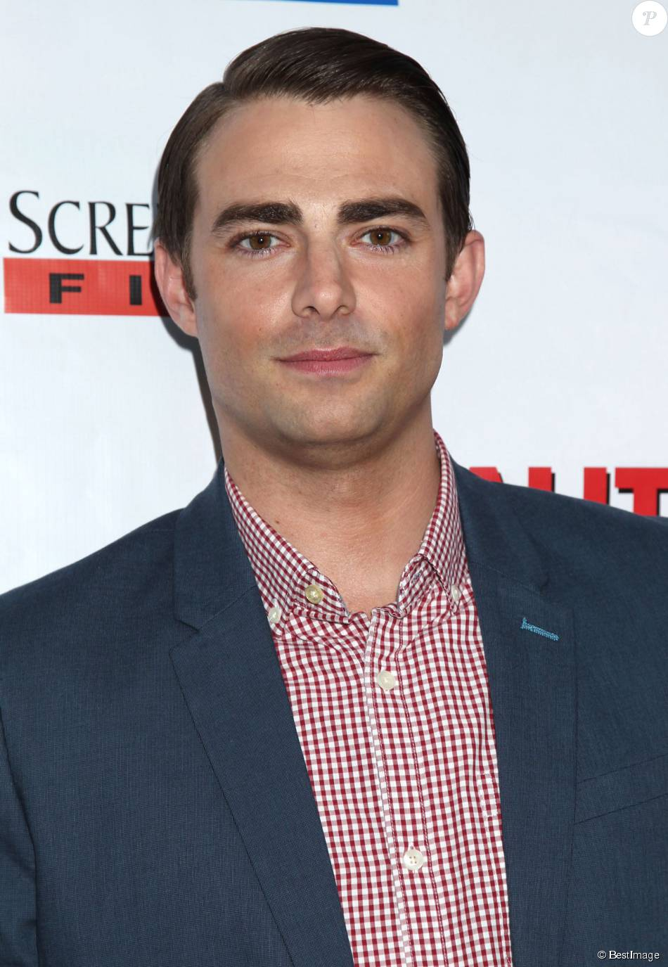 jonatthan bennett article Jonathan bennett competed on season 19 of dancing with the stars onstage,  he may have looked fairly smooth, but a recent video reveals.