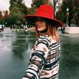 Caroline Receveur, blogueuse irrésistible pour la Fashion Week de Paris. Photo publiée le 6 octobre 2015.