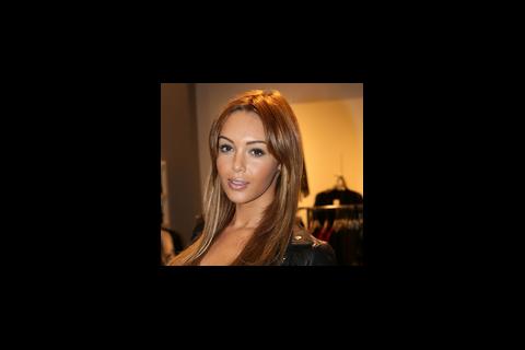 Nabilla, Kim Kardashian, Ayem... Leurs tweets qui valent de l'or !