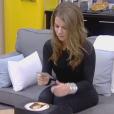 Emilie découvre son pouvoir dans la quotidienne de Secret Story 9, le lundi 12 octobre 2015