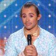 Raul, dans  La France a un incroyable talent  (saison 10, épisode 1), le mardi 20 octobre 2015 sur M6.