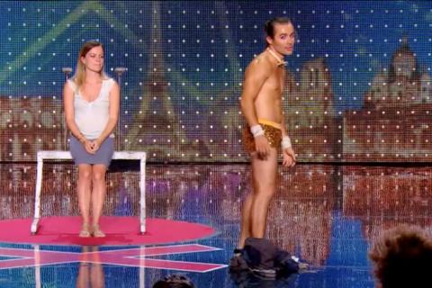 Incroyable Talent 2015 : Une mamie gangster, un clown topless et un numéro sexy