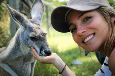Chris Hemsworth en kangourou (ou presque) pour une photo cute avec Elsa Pataky