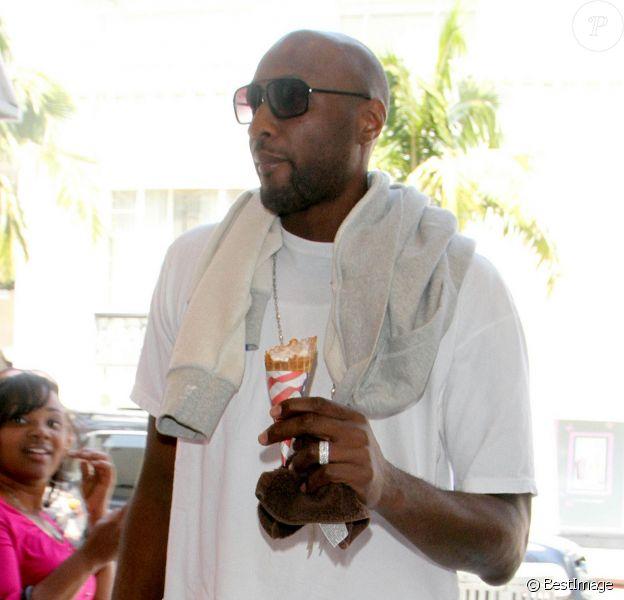 Lamar Odom en sortie shopping à Beverly Hills en 2011