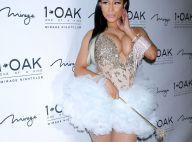 Nicki Minaj : Décolleté indécent face à la sexy Nicole Scherzinger