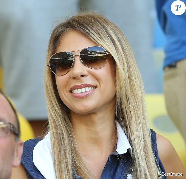 Fanny, la compagne de Mathieu Valbuena, lors du match de l'équipe de France face à l'Equateur, le 25 juin 2014 au stade Maracanã de Rio