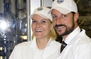 REPORTAGE PHOTOS : La princesse Mette-Marit et le prince Haakon, quatre tenues différentes pour une journée... chargée !