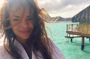 Marine Lorphelin à Tahiti : Sublime sans maquillage au réveil, sexy en bikini !