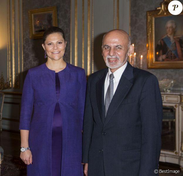 La princesse Victoria de Suède, enceinte, recevait le président afghan Ashraf Ghani, au palais royal de Stockholm, le 4 décembre 2015