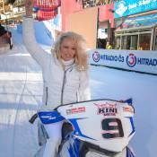 Pamela Anderson : Reine des neiges devant Boris Becker et sa belle Lilly