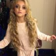 Katie Price a publié une photo de sa fille Princess maquillée alors qu'elle n'a que 8 ans sur sa page Instagram, le 15 décembre 2015.