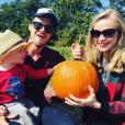 Katy Allen, la femme du chanteur Kris Allen et son fils Oliver Neil. Photo postée sur Instagram au mois d'octobre 2015.