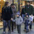 Gigi Buffon avec sa femme Alena et ses enfants à Courmayeur en Italie le 7 decembre 2013.