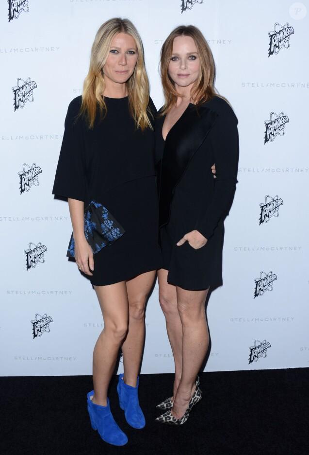 Gwyneth Paltrow et Stella McCartney lors de la présentation Automne 2016 de Stella McCartney à Los Angeles, le 12 janvier 2016