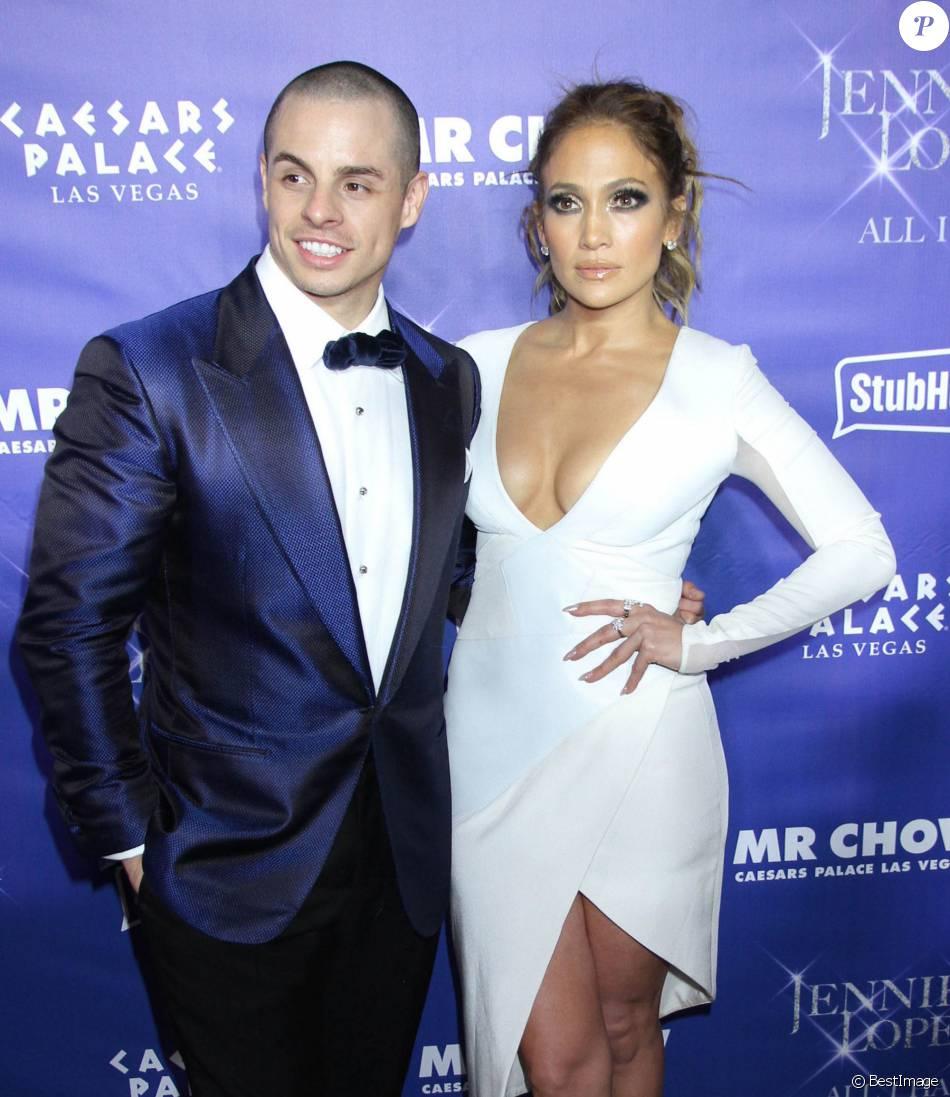 """Casper Smart et sa compagne Jennifer Lopez lors de l'after party """"Jennifer Lopez : All I have"""" et de l'inauguration du restaurant Mr Chow à Las Vegas, le 20 janvier 2016."""