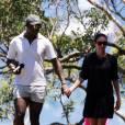 Exclusif - Seal, accompagné de sa compagne Erica Packer (enceinte?), emmène ses enfants Leni, Henry, Johan et Lou et ceux de sa compagne à la plage à Sydney, le 31 décembre 2015