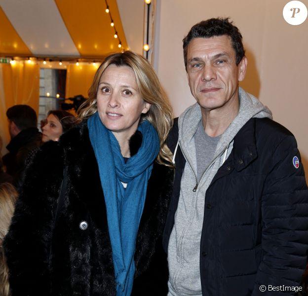 """Marc Lavoine et sa femme Sarah - People au défilé """"Bonpoint"""" pendant la fashion week de Paris, le 27 janvier 2016. © Olivier Borde/Bestimage"""