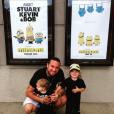 Chris Carney et ses enfants / photo postée sur Instagram, au mois de septembre 2015