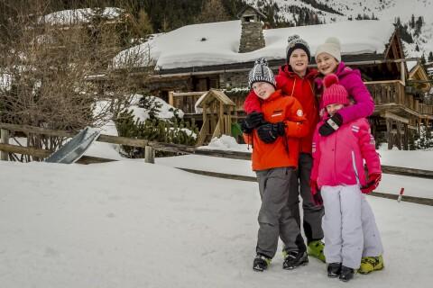Philippe et Mathilde de Belgique : Chaude ambiance à Verbier avec leurs enfants