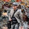 David Bowie se promene dans les rues de New York, le 17 octobre 2013.