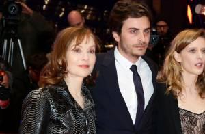 Berlinale : Roman Kolinka, fils de Marie Trintignant, au côté d'Isabelle Huppert