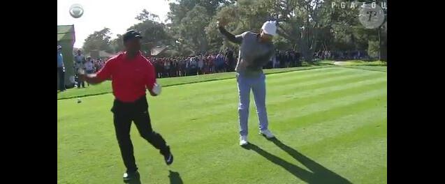Alfonso Ribeiro et Justin Timberlake dont la danse de Carlton, lors d'un tournoi de golf en Californie, le 13 février 2016