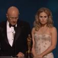 Cérémonie des Oscars : la famille de Heath Ledger vient chercher son Oscar posthume de meilleur second rôle dans The Dark Knight en 2009