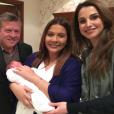 Le prince Faisal et la princesse Zeina de Jordanie ont eu un petit garçon prénommé Abdullah le 17 février 2016, qu'ils présentent ici entourés du roi Abdullah II et de la reine Rania. Photo Instagram Rania de Jordanie.