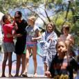 Exclusif - Seal, accompagné de sa compagne Erica Packer , emmène ses enfants Leni, Henry, Johan et Lou et ceux de sa compagne à la plage à Sydney, le 31 décembre 2015