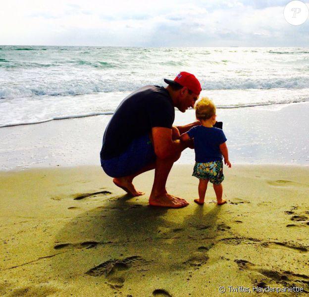 Hayden Panettiere a publié une photo de sa fille Kaya et son père, son fiancé Wladimir Klitschko sur sa page Twitter, le 5 mars 2016.