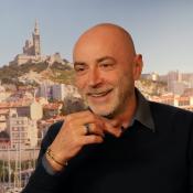 Marseille : Patrick Bosso, ému, évoque son regretté papa devant Kad Merad