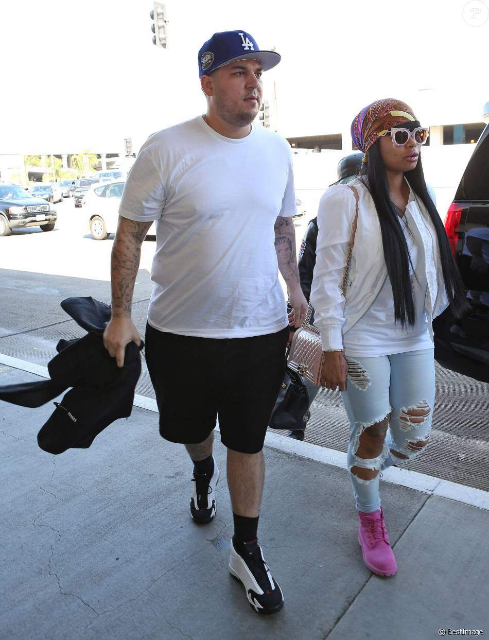 0f14c71fae9ee Rob Kardashian et Blac Chyna à l aéroport de LAX à Los Angeles