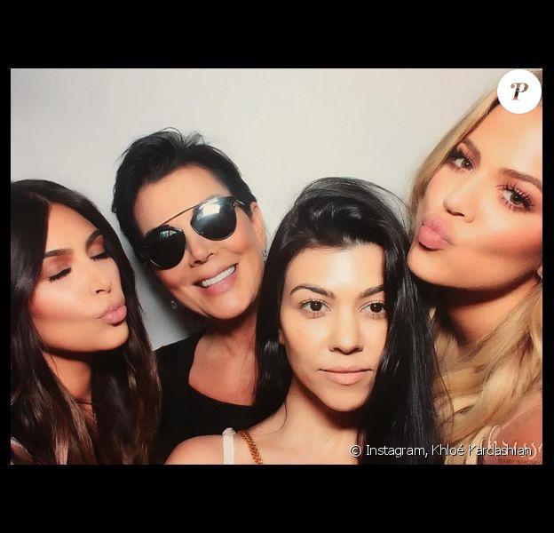 Kim Kardashian, Kris Jenner, Kourtney et Khloé Kardashian - Photo de la baby-shower de Chrissy Teigen et John Legend publiée le 26 mars 2016.