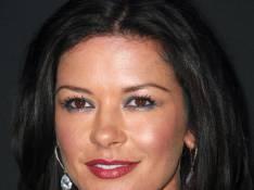 Cléopâtre : Catherine Zeta-Jones va-t-elle éclipser Sofia Essaïdi ?
