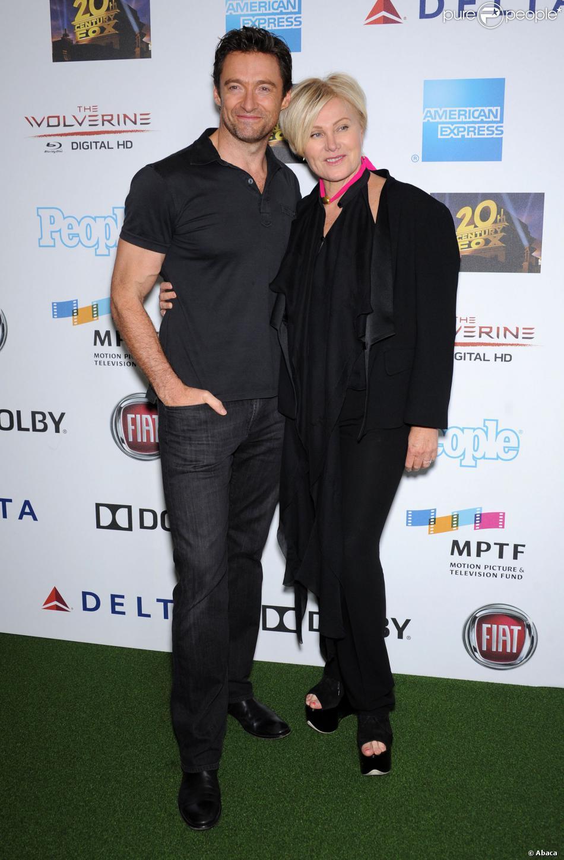 """Hugh Jackman et son épouse Deborra-Lee Furness à la soirée de charité """"One Night Only"""" au Dolby Theatre de Los Angeles, le 12 octobre 2013."""