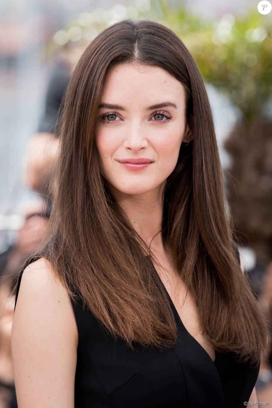 Charlotte Le Bon, lors du 68e Festival International du Film de Cannes, le 18 mai 2015.