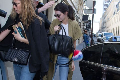 Kendall Jenner à Paris : Rendez-vous secret avec Karl Lagerfeld