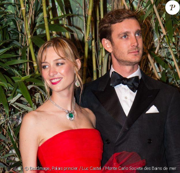 Pierre Casiraghi et sa femme Beatrice Borromeo au 62eme bal de la Rose dans la Salle des Etoiles du Sporting de Monte Carlo, le 19 mars 2016