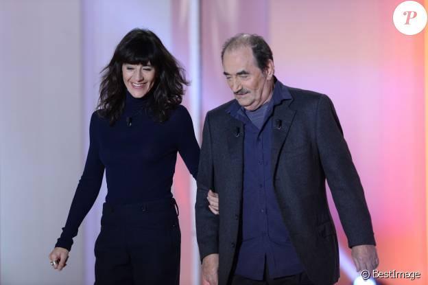 """Richard Bohringer et sa fille Romane Bohringer - Enregistrement de l'émission """"Vivement Dimanche"""" à Paris le 25 Novembre 2015 et qui sera diffusée le 29 Novembre 2015."""