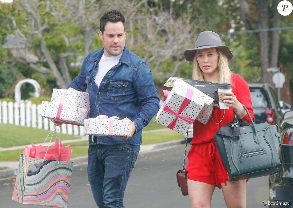 Exclusif - Hilary Duff, Mike Comrie et leur fils Luca arrivent à l' anniversaire de la fille d'Haylie Duff, Ryan, à Los Angeles le 7 mai 2016