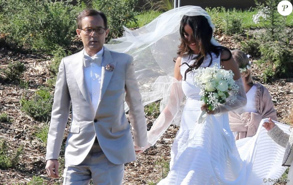 mariage de jean luc delarue et anissa kehl a belle ile en mer le 12 mai 2012 le couple s 39 est. Black Bedroom Furniture Sets. Home Design Ideas
