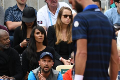 Shy'm à Roland-Garros : Son chéri Benoît Paire se gifle et explose sa raquette