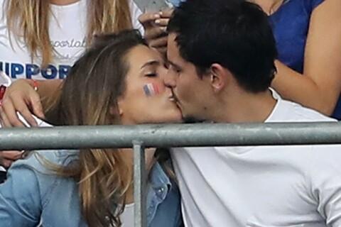 Laury Thilleman et Juan Arbelaez: Fous d'amour et de joie devant France-Roumanie