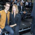 Pierre Niney et sa compagne Natasha Andrews au défilé Dior Homme prêt-à-porter masculin printemps-été 2017 au Tennis Club de Paris, le 25 juin 2016. © Olivier Borde/Bestimage