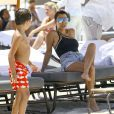 Kourtney Kardashian passe une belle journée ensoleillée avec son fils Mason et son amie Larsa Pippen sur une plage à Miami. Le 4 juillet 2016